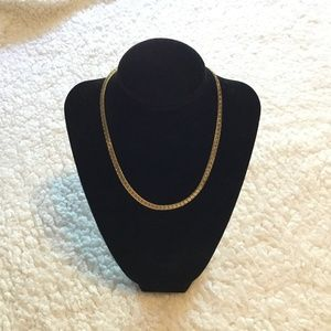 Vintage gold tone Avon herring bone necklace